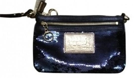 Coach Wristlet in blues