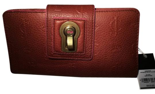 Preload https://img-static.tradesy.com/item/10245418/juicy-couture-continental-leather-wallet-0-1-540-540.jpg