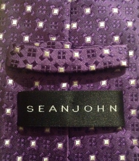 Sean John Sean John 100% silk tie in excellent condition!