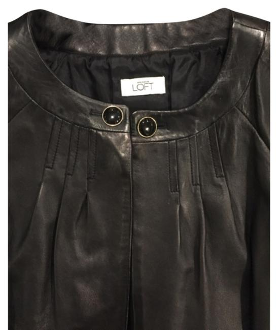Preload https://item2.tradesy.com/images/ann-taylor-loft-black-leather-crop-sleeves-jacket-doesn-t-have-the-tag-ponchocape-size-2-xs-10246756-0-3.jpg?width=400&height=650