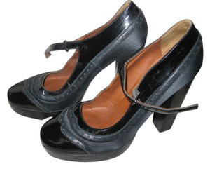 Lanvin Patent Leather Designer black Pumps