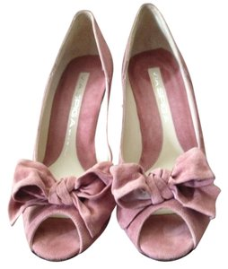 Via Spiga Suede High Heel Open Toe Bow Trim Antik Rose Pumps