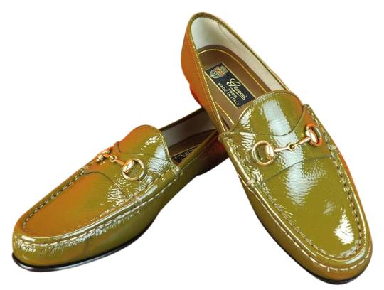 Preload https://item1.tradesy.com/images/gucci-classic-olive-horsebit-patent-texture-leather-gold-loafers-flats-size-eu-34-approx-us-4-regula-10250335-0-3.jpg?width=440&height=440