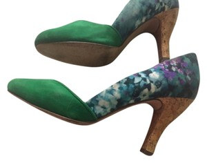 Plenty by Tracy Reese Green and floral green Pumps