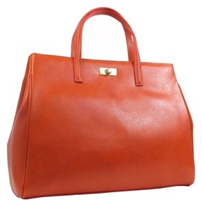 Russell & Bromley Classic Tote in RED