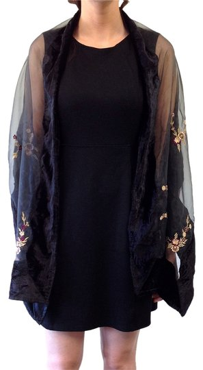 Alexia Crawford ALEXIA CRAWFORD BLACK SEMI-SHEER WITH FLOWER EMBROIDERED FLOWERS SHAWL