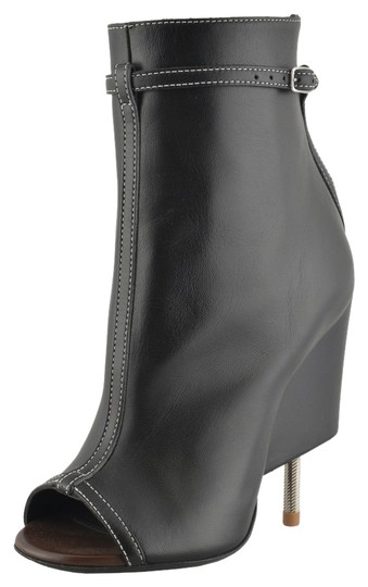 Preload https://item5.tradesy.com/images/givenchy-black-620-bootsbooties-size-us-5-regular-m-b-10254409-0-1.jpg?width=440&height=440