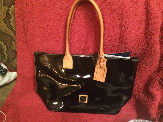 Dooney & Bourke Tote in Black Patent and Natural Leather