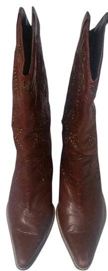 Preload https://item1.tradesy.com/images/bakers-burgundy-western-cowboy-bootsbooties-size-us-8-10256230-0-1.jpg?width=440&height=440