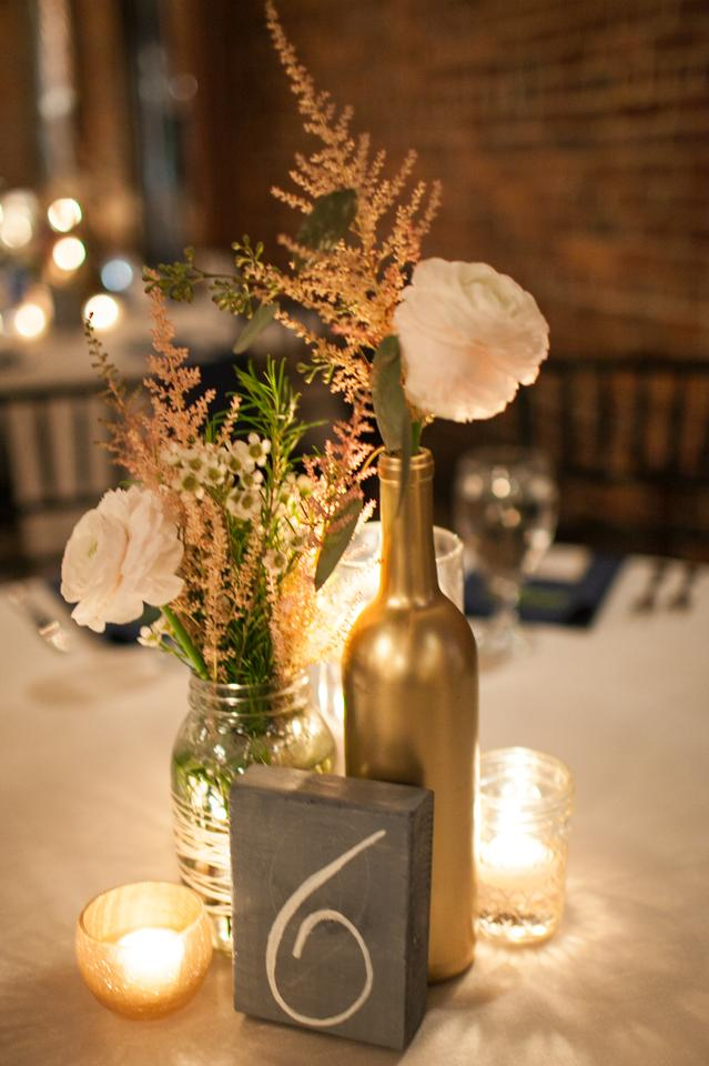 Gold clear wine bottle mason jar cylinder jelly jar for Clear wine bottle centerpieces