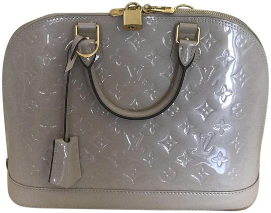 Preload https://item4.tradesy.com/images/louis-vuitton-alma-mm-rose-angel-vernis-tote-10259578-0-3.jpg?width=440&height=440