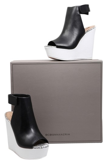 Preload https://item5.tradesy.com/images/bcbgmaxazria-blackwhite-bcbg-cue-spotted-lizard-wb-ankle-wedges-size-us-65-regular-m-b-10260004-0-1.jpg?width=440&height=440