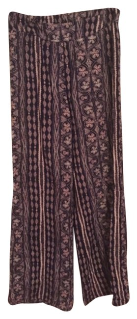 Preload https://img-static.tradesy.com/item/10260325/charlotte-russe-purple-wide-leg-pants-size-2-xs-26-0-1-650-650.jpg