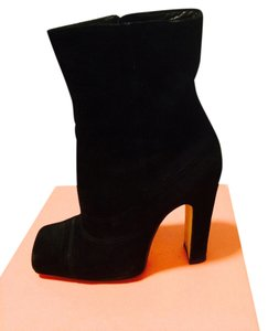Michel Perry black suede Boots