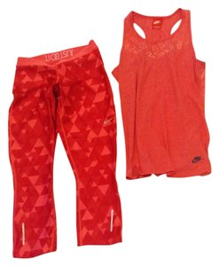 Nike Nike Dri-Fit Workout Set