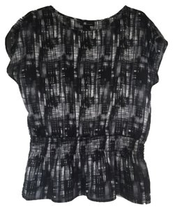 AB Studio Top Black Gray Abstract Print