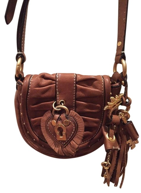 Item - Saddle Brown Leather Cross Body Bag