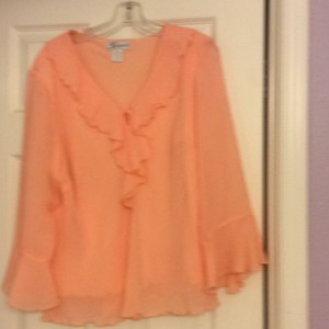 Dress Barn Top Peach