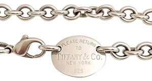 Tiffany & Co. Classic Return To Tiffany Oval Necklace