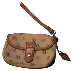 Dooney & Bourke Wristlet in Off White And Multi Colors