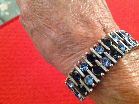 Other Fun shades of blue & silver bracelet
