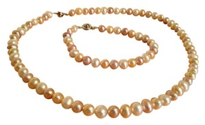 Other Cultured Pearl Necklace and Bracelet Set