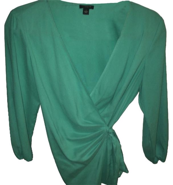 Preload https://item5.tradesy.com/images/ann-taylor-blouse-size-2-xs-10271374-0-1.jpg?width=400&height=650