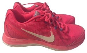 Nike Hot Pink Athletic
