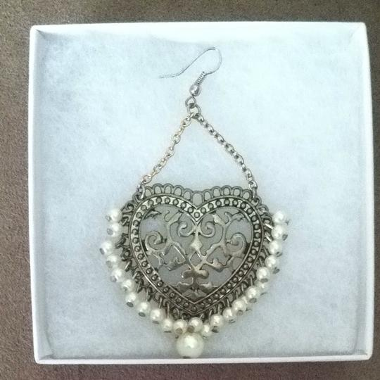 Other Heart And Pearl Earrings