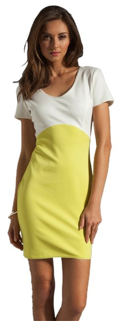 Preload https://item1.tradesy.com/images/halston-off-white-and-lemonade-new-sleeve-colorblock-ponte-pm050448-knee-length-short-casual-dress-s-1027330-0-0.jpg?width=400&height=650