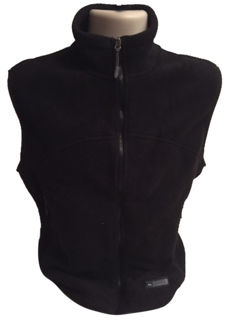 Preload https://item5.tradesy.com/images/rei-black-activewear-vest-size-10-m-31-10276894-0-1.jpg?width=400&height=650