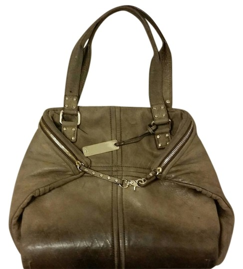 Preload https://item4.tradesy.com/images/botkier-hugh-plus-satchel-brown-leather-tote-10276993-0-1.jpg?width=440&height=440
