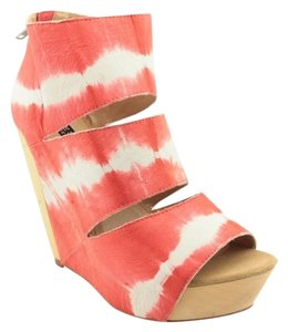 Messeca New York Bohemian Wedge Coral Tie Dye Wedges