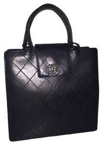 Chanel Calfskin Quilted Woc Tote in black