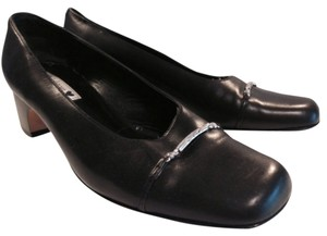 Brighton Black with silver hardware Pumps