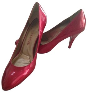 Connie Red Pumps