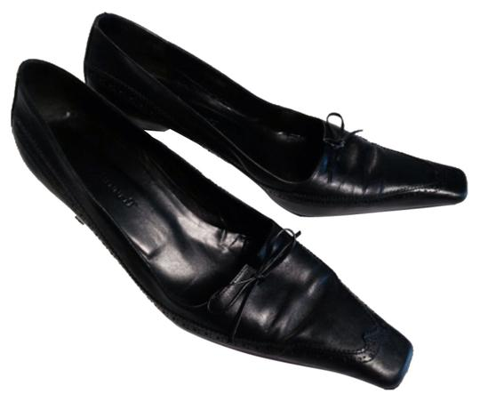 Preload https://item3.tradesy.com/images/lk-bennett-black-width-classic-wingtip-with-bows-pumps-size-us-10-wide-c-d-10281412-0-1.jpg?width=440&height=440