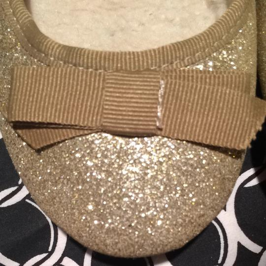 American Eagle Outfitters Fur Moccasins Sparkle Girly Glam Fashion Fun Gold Glitter Flats