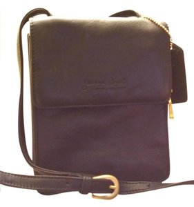 Jeanne Benet Cross Body Bag