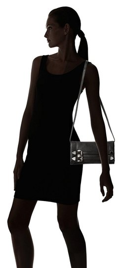 Michael Kors Robin Leather Crossbody Shoulder Swingpack 888235391823 30t4srbc1l Black Clutch