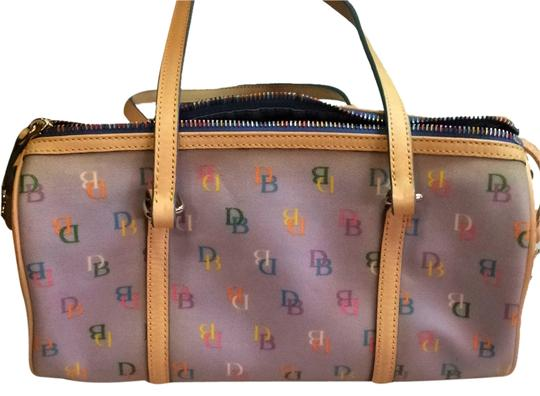 Preload https://img-static.tradesy.com/item/10290634/dooney-and-bourke-blue-w-logos-shoulder-bag-0-1-540-540.jpg
