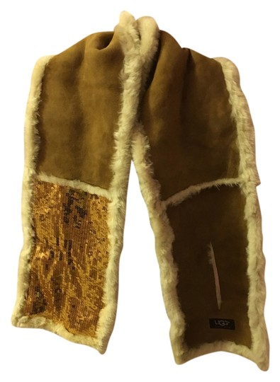 Preload https://item2.tradesy.com/images/ugg-australia-chestnut-and-warm-real-fur-fur-spain-conditions-scarfwrap-10292086-0-1.jpg?width=440&height=440