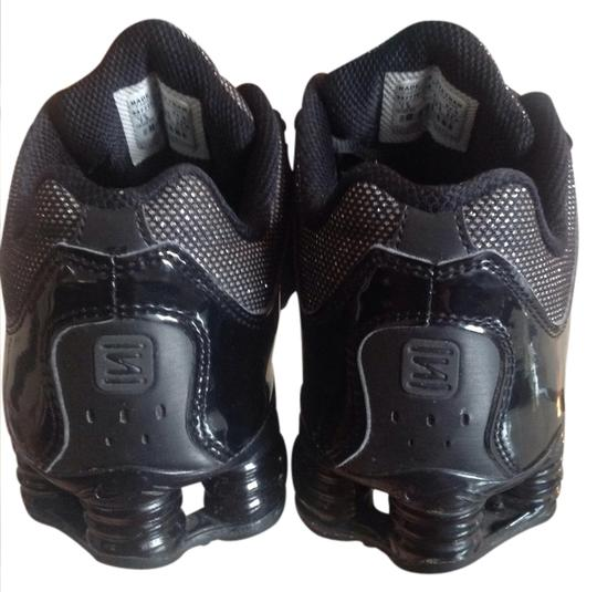 best website 66841 3f60a Nike Black Sparkle Shox Navina Sneakers Size US 7.5 Regular (M, B) 47% off  retail