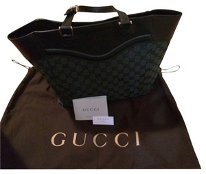 Gucci Crest Adjustable Straps Fabric Leather Green Monogram Tote in Black/deep Green