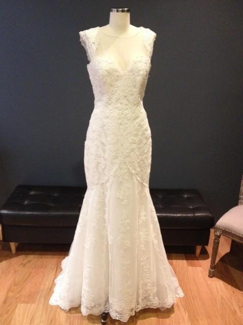 Item - Off White Lace and Tulle Haggar Traditional Wedding Dress Size 8 (M)