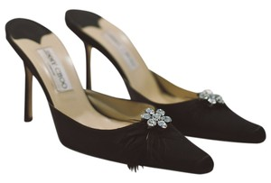 Jimmy Choo Closed Toed Feather black Formal