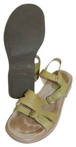 Dansko Women's Leather 9 40 Lime Olive Avocado Strappy Green Sandals