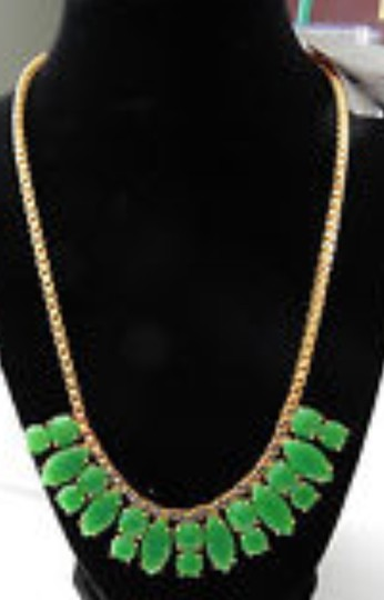 Preload https://item1.tradesy.com/images/kate-spade-green-gold-marquee-necklace-1031325-0-0.jpg?width=440&height=440