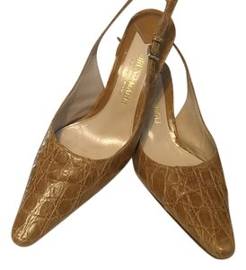 Bruno Magli Italian Brown Pumps