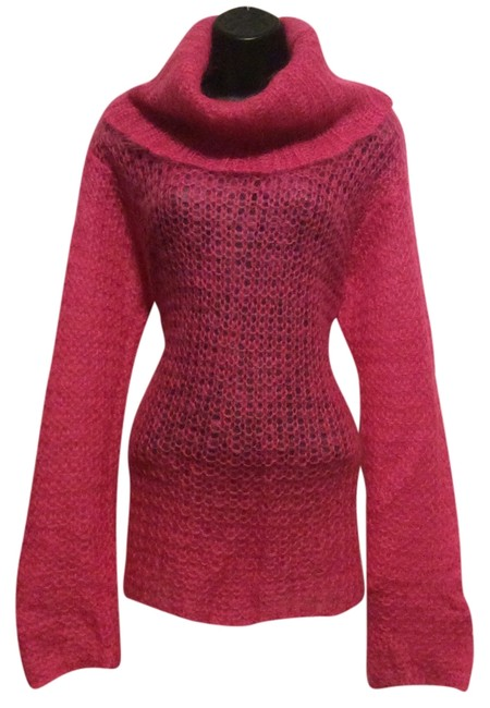 Preload https://item1.tradesy.com/images/the-limited-hot-pink-sweaterpullover-size-10-m-10317535-0-1.jpg?width=400&height=650